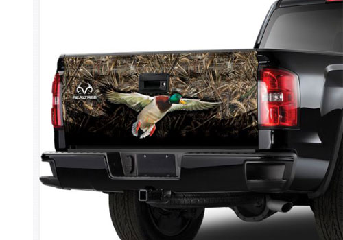 Max-5 Camo Pattern with Mallard Duck Tailgate Graphic
