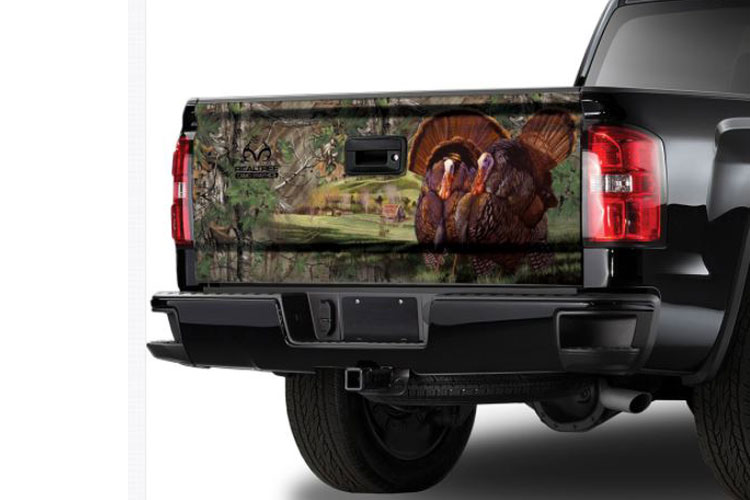 Xtra Camo Pattern with Turkey Tailgate Graphic