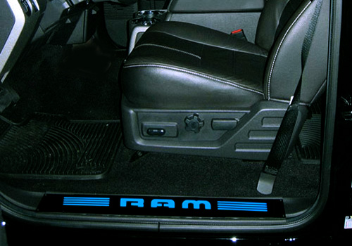 "Recon 2pc Blue Illuminated ""RAM"" Door Sills 02-18 Dodge Ram"